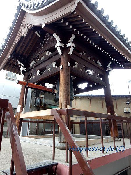 誓願寺の鐘つき堂