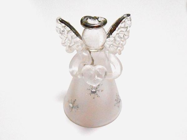 ガラスでできた天使