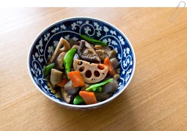 根菜類がたっぷりの野菜の煮物